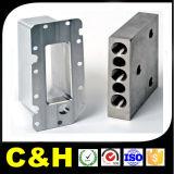 Части CNC частей двигателя автозапчастей подвергая механической обработке