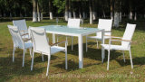 안뜰 식탁 의자 Fsc 목제 회색 겹쳐 쌓이는 알루미늄 새총 유럽 현대 옥외 가구