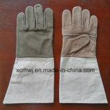 Guanti di funzionamento di cucitura con il polsino della tela di canapa, guanti di saldatura di cuoio senza fodera di TIG MIG, fabbrica del cuoio di Kevlar dei guanti del saldatore del cuoio di grano della mucca di buona qualità