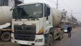 10~20ton a utilisé le camion Japon-Exporté par 6*4-LHD-Drive du mélangeur 90%-New-Tires Hino700 concret (pompe 6~8CBM)