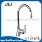 Singoli rubinetti del miscelatore del bacino della manopola dell'acqua fredda del bicromato di potassio caldo della stanza da bagno