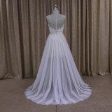 A - a linha empregada doméstica fina das noivas do laço do vestido nupcial veste o vestido da noiva
