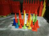 Cono del camino del PVC del color