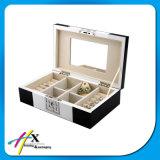 주문을 받아서 만들어진 목제 보석 수송용 포장 상자