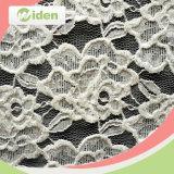Tela del cordón del guipur del blanco del bordado y del blanco de alineadas de boda del oro