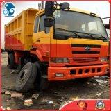 O trabalho para transporta o caminhão de Tipper da Auto-Descarga de Ud-Nissan do material de construção (12503cc-engine)