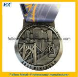 medaglia di maratona 3D con rivestimento antico
