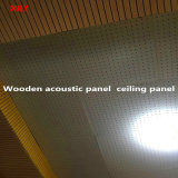 天井のボードの音響の天井の天井のタイトルの木の音響パネルの壁パネル