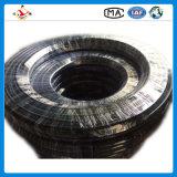провод высокого давления 4sh стальной закрутил в спираль резиновый шланг