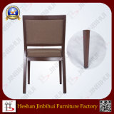Near Gz Factory Shaped Back Wood Look Frame Luxury Banquet Chairs (BH-FM8018)