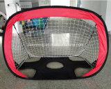 Gli obiettivi di calcio di gioco del calcio del cancello schioccano in su la tenda netta per il giocattolo esterno del gioco dei capretti