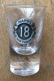 またはワインか、飲むまたはビールKbHn0480のための明確なガラスコップ