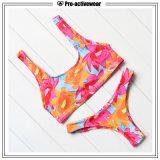 2016 neuer Entwurfs-Form-Großverkauf-reizvoller Frauen-Badebekleidungs-Bikini