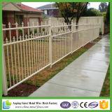 PVC上塗を施してある金網の塀(工場)