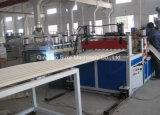 Linha de produção da extrusão da folha do telhado da onda do PVC