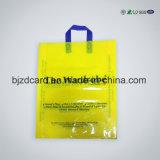 流行の印刷によって型抜きされるハンドル袋のPEのプラスチックショッピング・バッグの携帯用買物袋