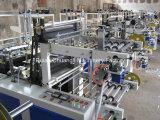 Flacher Beutel auf der Rolle, die Maschine herstellt