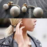 Il doppio d'avanguardia della perla del Rhinestone dei monili di modo ha parteggiato orecchini della vite prigioniera