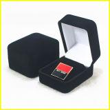 Caixa de couro retangular pequena para medalhas