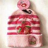 Chapéu acrílico personalizado produto do Beanie das crianças da malha do Applique da cor-de-rosa dos desenhos animados do OEM