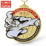 Дешевое медаль спорта металла карате Taekwondo возможности почетности сплава цинка нестандартной конструкции для черного пояса