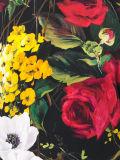 Цветки шикарных повелительниц фабрики напечатали тенниску