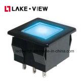 Il RGB colora gli interruttori di pulsante momentanei del LED