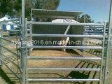 1.8*2.1mのポータブルの牛ヤードのパネルの家畜はパネルを囲う