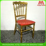 공장 싼 가격 Wholeslae 금속 Stackbale 나폴레옹 바 의자