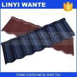 Tetto d'acciaio rivestito del classico delle mattonelle di tetto della roccia granitica caolinizzata