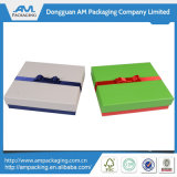 Contenitore di regalo impaccante su ordinazione della casella del legame di arco per le schede dell'invito di cerimonia nuziale