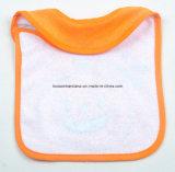 OEMの農産物によってカスタマイズされるデザインによって刺繍される綿のテリーの漫画のHalloweenの赤ん坊の送り装置の胸当て