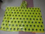 Poncho Emergency adulto de la lluvia del PE con la impresión Allover
