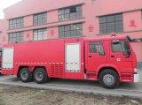 Het Water van Sinotruk HOWO 6*4 & de Vrachtwagen van de Motor van de Brand van de Vrachtwagen van de Brandbestrijding van de Tank van het Schuim