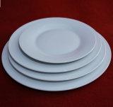 Piatti di pranzo di ceramica della porcellana bianca di colore