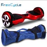新製品2の車輪の自己のバランスをとるスクーターの彷徨いのボードはスクーターをからかう
