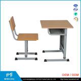 Escritorio de la escuela del precio bajo y silla moderna barata/escritorio y silla ajustables de la escuela