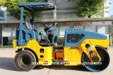 작은 타이어에 의하여 결합되는 유압 진동하는 도로 롤러 6 톤 Jm206h