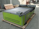 Máquina de grabado del laser del CNC y cortadora para la madera