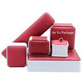 Nuevo rectángulo del caso de empaquetado de la joyería del regalo del cuero de la falsificación del diseño para la pulsera