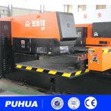 Máquina de la prensa de sacador del metal de hoja de la torreta del CNC de AMD-255 Qingdao Amada