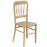 Cadeira do castelo da madeira contínua para o casamento
