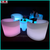 O diodo emissor de luz do RGB ilumina acima o uso plástico das mobílias ao ar livre e interno