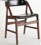 현대 PU 가죽에 의하여 덮개를 씌우는 목제 식사 의자
