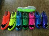 Neuer Ankunfts-Fußball-Fußball Sports Schuhe