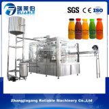 Фабрики фруктовый сок сразу делая машину машины заполняя разливая по бутылкам