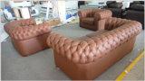 Sofà di cuoio moderno nero di Chesterfield per la mobilia del sofà del salone