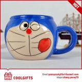 Tazza di ceramica personalizzata di disegno del fumetto con il coperchio (CG216)