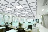 Прозрачное ощупывание с потолком металла замороженным текстурой, алюминиевым кубиком воды потолка