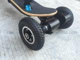 4 Räder weg vom Straßen-elektrischen Skateboard mit entfernter Station